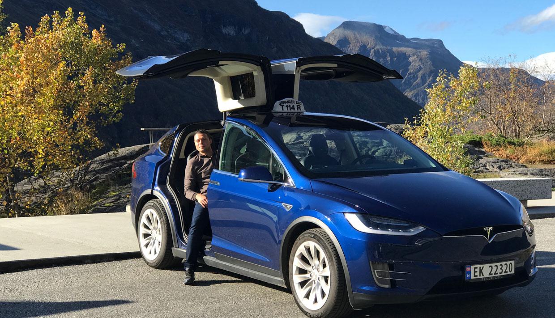 Tesla taxi / Limo tours
